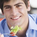 Tomar bastante fruta reduce el riesgo de disfunción eréctil