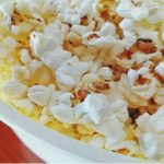 Comer palomitas de microondas podría dañar tu fertilidad