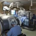 El Issste estrena robot Da Vinci con extirpación de útero