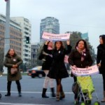 Chile: Mujeres con 'coches vacíos' protestan por acceso a tratamientos ante infertilidad