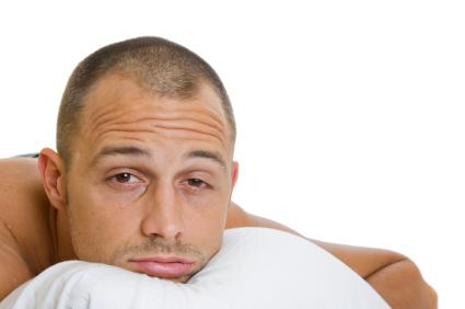El insomnio o dormir poco pueden reducir los niveles de testosterona