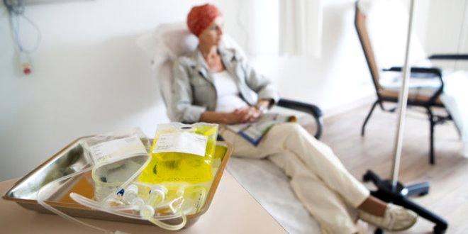 Quimioterapia puede afectar la fertilidad en las mujeres