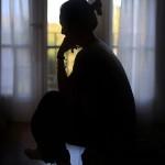 Eximida de matar a su bebé porque no sabía que estaba embarazada