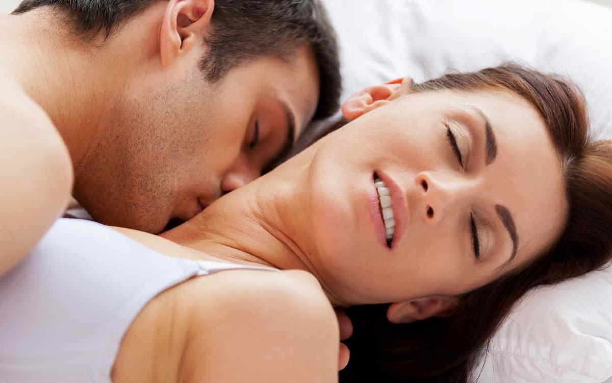 Los hombres eyaculan más cantidad de semen (y de mayor calidad) con una pareja nueva