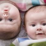 Estudio señala que gemelos pueden nacer sin cesárea