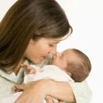 Los bebés nacidos de madres sanas son de tamaño similar en todo el mundo